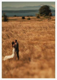 Seattle prairie wedding | onelovephoto.com