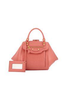 V1VGD Balenciaga Giant Zip Traveler Backpack, Pink