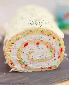 Looking for Fast & Easy Cake Recipes, Christmas Recipes, Dessert Recipes! Recipechart has over free recipes for you to browse. Find more recipes like Christmas Vanilla Roll Cake. Christmas Goodies, Christmas Desserts, Holiday Treats, Christmas Treats, Holiday Recipes, Christmas Parties, Christmas Recipes, Christmas Eve, Holiday Baking