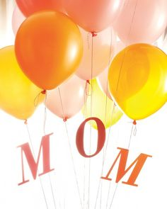 Mom Balloon Bouquet. Nice alternative to flowers!