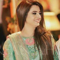 Atif Aslam Wife, Celebrity Singers, Ayeza Khan, Pakistani Wedding Dresses, Pakistani Actress, Bollywood Stars, Indian Designer Wear, Beautiful Celebrities, Pretty Face