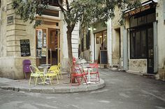 Jolies, jolies terrasses ! #Montpellier #ItineraireSensible www.facebook.com/ItineraireSensible
