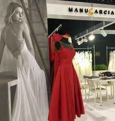ManuGarcia interbride fashion madeinspain rojo StarSystem bridal weddingdress