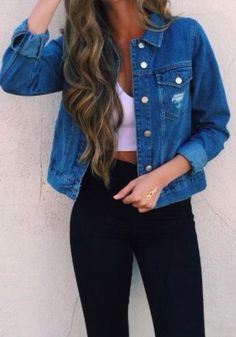 How to wear a denim jacket in spring outfits you can copy - Anziehen - # Look Fashion, Teen Fashion, Autumn Fashion, Fashion Outfits, Womens Fashion, Fashion Hats, Fashion Story, Denim Fashion, Outfit 2016