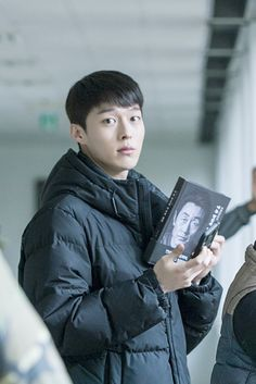 Behind the scenes for the Korean drama (Kdrama) Come and Hug Me starring Jang Ki-yong and Jin Ki-joo. The live recap is on Drama Milk #ComeandHugMe #jangkiyong #Kdrama #Koreandrama