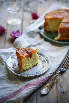 Roasted pineapple upsidedown cake by Rebecka G. Sendroiu - Photo 226405847 / 500px