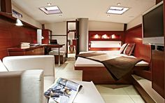 Hanse master bedroom: ultimate goal is to have a boat with a bed you can walk around! Yacht Interior, Interior Design, Hanse Yachts, Boat Insurance, Building Companies, Motor Yacht, Motor Boats, Take A Seat, Sailing