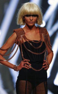 Aristocrazy-0068 Moda Cyberpunk, Cyberpunk Fashion, Metal Fashion, Tribal Fashion, Womens Fashion, Ropa Burning Man, Moda Tribal, Timeless Fashion, High Fashion