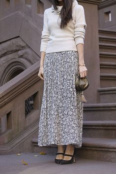Thank the LAWD maxi skirts are back.
