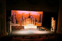 "Julien Pougnier - ""Miracle on Street"" Theater Play Set Theatre, Theatre Plays, Theatre Stage, Theater, 34 Street, Miracle On 34th Street, Scenic Design, Stage Design, Studio Ideas"