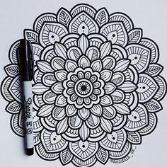 Mandala Sketch, Mandala Doodle, Mandala Art Lesson, Mandala Artwork, Mandala Drawing, Mandala Painting, Watercolor Mandala, Art Drawings Sketches Simple, Pencil Art Drawings