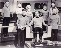 Nostalgic Sci-Fi: Star Trek Cast in Sepia Tone. Star Trek Wallpaper, Star Trek Cast, Nichelle Nichols, Star Trek Images, Star Trek Original Series, Star Wars, Star Trek Enterprise, Classic Tv, Science Fiction
