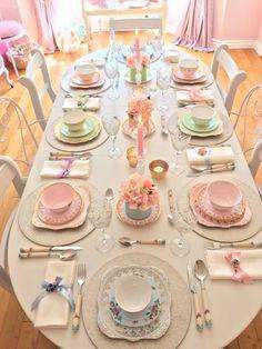 Vintage tea party for little girls Girls Tea Party, Tea Party Birthday, Birthday Table, Birthday Ideas, Tea Party Decorations, Decoration Table, Tea Table Settings, Vintage Tee, Vintage Tea Parties