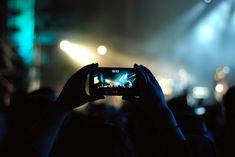 Mobile phone thefts at Santa Cruz Carnival Recital, Smartphone Reconditionné, Brand Management, Social Media Influencer, Selfie Stick, Portable, Iphone, Infographic, Santa Cruz