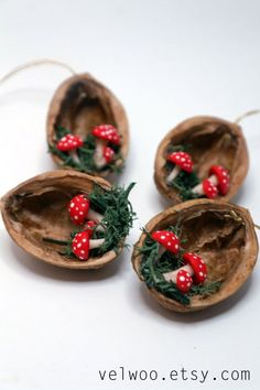 Set of mushroom Ornaments Christmas ornaments walnut by Velwoo