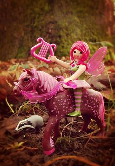 pink playmobil fairy! Playmobil Sets, Lego People, Heart For Kids, Doll Accessories, Faeries, Diy Art, Kids Playing, Fairy Tales, Pony