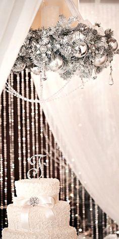 31 Sparkling Silver Winter Wedding Ideas   Weddingomania