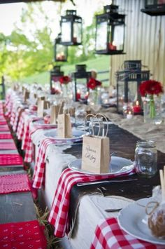 Texas, rustic wedding ideas - Red Western Style and Favors for Country Wedding Wedding Centerpieces, Wedding Decorations, Wedding Favors, Country Table Decorations, Italian Party Decorations, Bbq Decorations, Party Favors, Party Gifts, Picnic Centerpieces