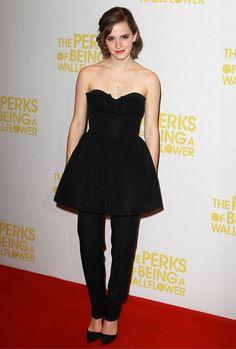 """Emma Watson en Dior à la première du """"Monde de Charlie"""" à Londres en 2012"""