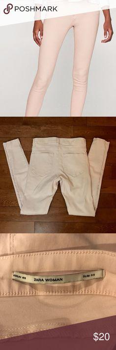 "Zara Mid Rise Skinny Jeans Zara medium rise pink skinny jeans size, 2  35"" long 28"" hem Used but in great condition Zara Jeans Skinny"