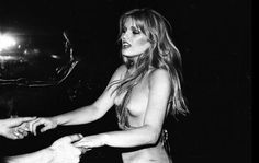 Patti Hansen at Studio 54.  The young, the wild and the beutiful!