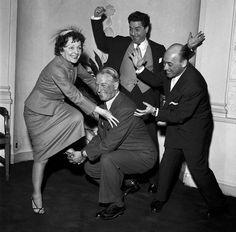 Édith Piaf avec Maurice Chevalier, Jacques Pills et Jean Jacques Vital en  1952