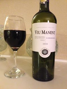 2010 Viu Manent Carmenere - Wine on the Dime