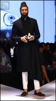 India's first #PrimeMinister #PanditJawaharlalNehru Inspires #ShantanuNikhil 's #MensWear Collection for #Winter 2015-16 See more pix here: http://www.hisstylecloset.com/news/pandit-jawaharlal-nehru-inspires-shantanu-nikhils-mens-wear-collection-for-winter-2015-16/ #mensfashion #mensstyle #politicalstyle