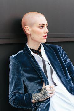 Obsessed with this velvet blazer!