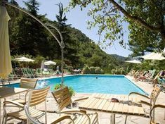 Camping delle Rose offers spacious pitches, bungalow, mobilhomes, swimming pools and much Tent Camping Beds, Camping Glamping, Luxury Camping, Camping Hacks, Camping Stove, Germany And Italy, Camping Lights, Beautiful Castles, Campsite