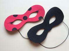 máscara ladybug e cat noir..... confeccionadas em EVA..... Foto ilustrativa....