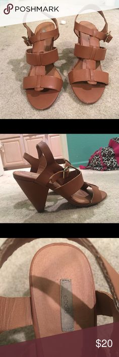 Lightly Worn Urban Outfitters Ecote Heels worn once, size 7. great condition and very comfortable Ecote Shoes Heels