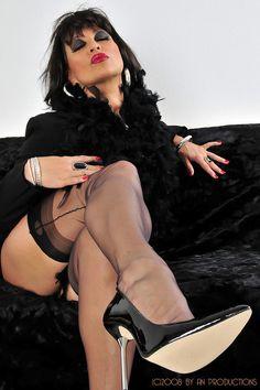 Amanda nylons pussy 6
