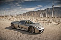Everybody -- and I mean everybody -- loves the 2015 Porsche 918 Spyder. Find out why in this exclusive Motor Trend First Test with original photos. Awd Sports Cars, Porsche Sports Car, Porsche Cars, Porsche 2015, Jdm, Istanbul, Porsche 918 Spyder, Latest Cars, Car Manufacturers