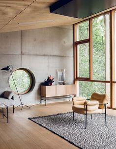 Industrial Modern Living Room // Cement Walls + Modern Furniture - 15 Living Room Ideas To Redesign Your Home Interior Design Examples, Industrial Interior Design, Interior Design Inspiration, Home Interior Design, Interior Architecture, Industrial Furniture, Design Ideas, Industrial Living Rooms, Modern Furniture Design