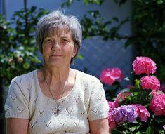 Worum geht's? In dem Bundesstaat Bayern, um genau zu sein, in der fränkischen Schweiz leidet eine 56 Jahre alte Frau schon seit 35 Jahren an den Folgen und Symptomen von Krebs. Sie musste bereits mit fünf schwere Operationen behandelt werden, die wenig bis gar keinen Erfolg oder eine Verbesserung im Kampf gegen den Krebs gezeigt …