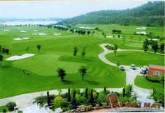 Chiều ngày 14/1/2017, tại khu du lịch và nghỉ dưỡng sinh thái FLC Quy Nhơn đã diễn ra buổi gặp gỡ với báo chí để công bố giải Golf lớn nhất Việt Nam – FLC Golf Championship 2017. Đây là một trong những giải golf thường niên do tập đoàn FLC doanh nghiệp nhằm tri ân khách hàng, bạn đồng hành và những nhà đầu cơ. Tham dự buổi họp báo có ông Ngô Thế Hào (Phó tổng Thư ký Hiệp hội Golf Việt Nam), ông Lưu Đức Quang – Trưởng ban đơn vị giải, những nhà tài trợ, cùng các vận động viên golf.