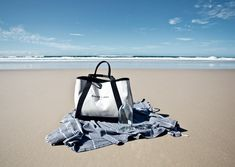 The perfect beach bag, thanks to Balenciaga. Summer Is Coming, Summer Of Love, Balenciaga Le Dix, Summer Scenes, Nautical Fashion, Sporty Chic, Home And Away, Holiday Fashion, Bad Boys