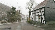 Holiday Home Schniederhus Medebach - #VacationHomes - $112 - #Hotels #Germany #Medebach #Titmaringhausen http://www.justigo.com/hotels/germany/medebach/titmaringhausen/schniederhus_214830.html