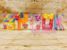 Jojo Siwa Birthday Party Shirts New Ideas Jojo Siwa Birthday, Barbie Birthday, Christmas Party Themes, Halloween Party Decor, 6th Birthday Parties, 8th Birthday, Birthday Ideas, Jojo Siwa Bows, A Table