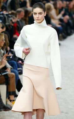 Jacques Brinon/Associated Press: CÉLINE A high-neck pullover in a stiffened fabric and a trumpet skirt. F 2013 / neoprene? Celine, Runway Fashion, Fashion Show, Trumpet Skirt, Phoebe Philo, Yohji Yamamoto, Fashion Sewing, Timeless Fashion, Catwalk