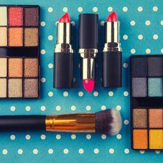 Volete una pelle da sogno o labbra morbide? Ecco una selezione di prodotti di cui non potrete più fare a meno. Testati da noi. #cosmetici #makeup