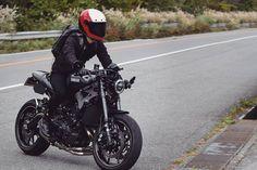 "yamaha xsr155 xsr700 xsr900 on Instagram: ""@aiiida_308 • • • • • • Photo by : @karapotexsr900  #xsr900 #xsr #xsr700 #yamaha #yamahaxsr900 #caferacer  #caferacergram #caferacerworld…"" Yamaha Motorcycles, Cars And Motorcycles, Bad Boy Style, Scrambler Custom, Café Racers, Ride Or Die, Classic Bikes, Latest Cars, Custom Bikes"