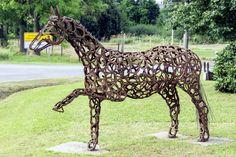 Pferd aus Stahl (Hufeisen)