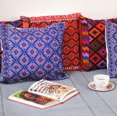 Para ver todos nuestros productos disponibles visita nuestra página web http://huipilart.com/