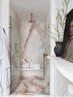 Marmor in Dusche Design-Idee - Home Inspiration - Home Design Bad Inspiration, Bathroom Inspiration, Interior Inspiration, Furniture Inspiration, Nails Inspiration, Dream Bathrooms, Beautiful Bathrooms, Girl Bathrooms, Luxury Bathrooms