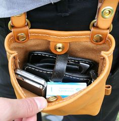 carry-all small leather purse