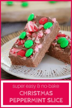 The BEST NO-BAKE PEPPERMINT CHOCOLATE CHRISTMAS SLICE made with peppermint chocolate and decorated with candy canes and M&Ms! #christmas #cooking #nobake #chocolate #mms #easy #recipe #thermomix #conventional