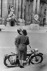 Henri Cartier-Bresson - Pesquisa Google
