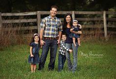 family - by Meg Bowman Photography